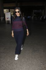 Sophie Chaudhary snapped at airport on 28th Nov 2016 (45)_583d258797d71.JPG