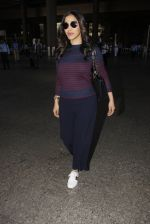 Sophie Chaudhary snapped at airport on 28th Nov 2016 (47)_583d25893a6ee.JPG