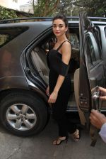 Amy Jackson at Health magazine launch in Mumbai on 29th Nov 2016 (32)_583e7646d7ea7.JPG