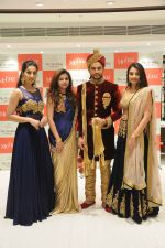 Rohit Khandelwal  felicitated by Brand Mebaz On Winning Mr.World-2016 on 29th Nov 2016 (29)_583e70e0eefee.jpg