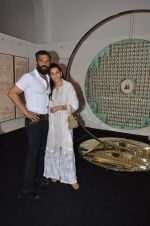 mana and suneil shetty at Satish Gupta_s art exhibition by Gallery Art N Soul on 29th Nov 2016 (5)_583e765c656b2.JPG