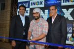 Aamir Khan At Launch Of New Inox Cinema on 30th Nov 2016 (20)_583fc92b83d4a.JPG