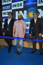 Aamir Khan At Launch Of New Inox Cinema on 30th Nov 2016 (8)_583fc924880ec.JPG
