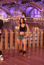 Elli avram in an Upcoming Track Urban Chhori on 30th Nov 2016 (23)_583fc9d12a00a.JPG