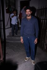 Farhan Akhtar at Recording Studio on 30th Nov 2016 (7)_583fca0be3470.JPG