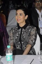 Karisma Kapoor at India Leadership awards on 30th Nov 2016 (8)_583fca5b0f4e9.JPG