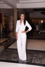 Sonakshi Sinha at Brand Vision Awards in Mumbai on 30th Nov 2016 (82)_583fc1d97fc88.JPG