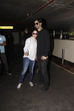 Sunny Leone snapped at airport on 30th Nov 2016 (100)_583fc9010a18a.JPG