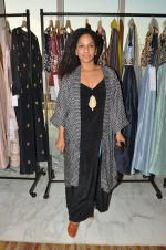 Masaba at Payal Singhal, Shaheen Abbas, Nisha Jhangiani trunk show on 1st Dec 2016 (132)_58411b64bb7db.JPG