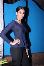 Pooja Hegde at Kunal Rawal_s Party on 30th Nov 2016 (91)_5841075657f55.JPG