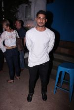 Prateik Babbar at Kunal Rawal_s Party on 30th Nov 2016 (61)_584107397655a.JPG