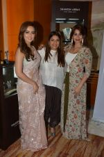 Sana Khan at Payal Singhal, Shaheen Abbas, Nisha Jhangiani trunk show on 1st Dec 2016 (353)_58411bc8f1a59.JPG