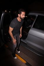 Shahid Kapoor at Kunal Rawal_s Party on 30th Nov 2016 (107)_5841077310991.JPG