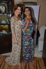 Sonali Kulkarni at Payal Singhal, Shaheen Abbas, Nisha Jhangiani trunk show on 1st Dec 2016 (202)_58411c13b1287.JPG