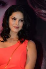 Sunny Leone Launches Her Own MOBILE APP For Fans on 30th Nov 2016 (65)_584107a782d63.JPG