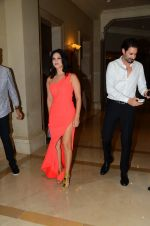 Sunny Leone Launches Her Own MOBILE APP For Fans on 30th Nov 2016 (2)_5841077d452df.JPG