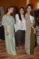 Tanisha Mukherjee at Payal Singhal, Shaheen Abbas, Nisha Jhangiani trunk show on 1st Dec 2016 (73)_58411c3195fcb.JPG