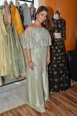 Tanisha Mukherjee at Payal Singhal, Shaheen Abbas, Nisha Jhangiani trunk show on 1st Dec 2016 (81)_58411c36370d1.JPG