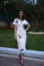Vaani Kapoor promote Befikre on 1st Dec 2016 (8)_5841141a644fb.jpg