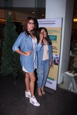 Anushka Ranjan at Tanveer Bookwala_s book launch on 1st Dec 2016 (71)_58422fb88ac72.JPG