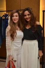 Madhoo Shah at Love Generation fashion preview at Liquid Lounge on 2nd Dec 2016 (100)_584238aa05cde.JPG