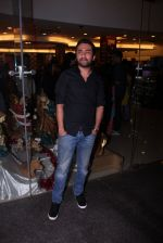 Siddhanth Kapoor at Tanveer Bookwala_s book launch on 1st Dec 2016 (128)_58423091bf323.JPG
