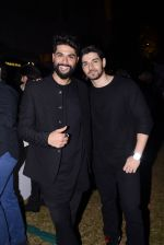 Kunal Rawal at GQ Fashion Night on 4th Dec 2016 (80)_58453558efa17.JPG