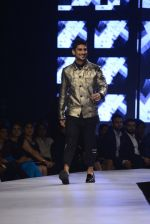 Pateik Babbar at GQ fashion nights on 3rd Dec 2016 (335)_58450f79a2324.JPG