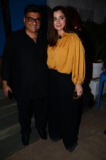 Simone Singh snapped at a party on 3rd Dec 2016 (40)_5845139f37afa.JPG