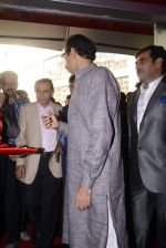 Uddhav Thackerey innagurates Wax Musuem on 3rd Dec 2016 (49)_5845150e6be91.JPG