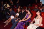 Amitabh Bachchan unveils Himesh Reshammiya & Lulia Vantur_s album Aap Se Mausiiquii on 5th Dec 2016 (122)_584687e08947c.jpg