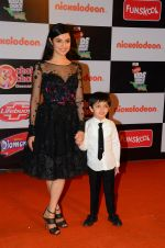 Divya Khosla Kumar at Nickelodeon_s Kids Choice Awards on 5th Dec 2016 (470)_5846648ebfb3b.JPG