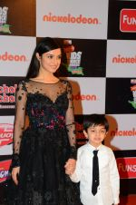 Divya Khosla Kumar at Nickelodeon_s Kids Choice Awards on 5th Dec 2016 (471)_5846648f56c00.JPG