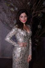 Kanika Kapoor at Manish Malhotra�s 50th birthday bash hosted by Karan Johar on 5th Dec 2016 (897)_58468417c6566.JPG