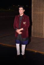 Manish Malhotra�s 50th birthday bash hosted by Karan Johar on 5th Dec 2016 (36)_584685117bd26.JPG