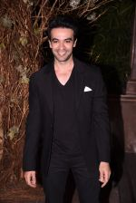 Punit Malhotra at Manish Malhotra�s 50th birthday bash hosted by Karan Johar on 5th Dec 2016 (31)_584685943ba8b.JPG