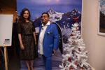 Dia Mirza at Dr Mukesh Batra photo exhibition and calendar launch on 6th Dec 2016 (39)_5847b3138fe40.JPG