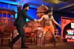 Ranveer Singh, Baba Ramdev at  at the Agenda Aaj Tak 2016 on 6th Dec 2016 (54)_5847ba61d7a3b.jpg
