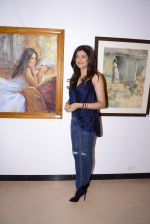 Sushmita Sen inaugurate the late John Fernandes Masterstrokes art show on 6th Dec 2016 (113)_5847bbd69e709.JPG