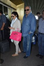Sridevi, Boney Kapoor snapped at airport on 7th Dec 2016 (33)_584907136d0bc.JPG