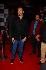 Tiger Shroff at the launch of marathi film Bhikari on 7th Dec 2016 (47)_584908256450c.JPG