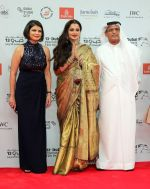 Rekha at DIFF 2016 opening Night Red Carpet on 8th Dec 2016 (72)_584a54e9db020.JPG