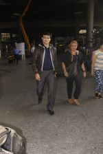 Sourav Ganguly snapped in airport on 8th Dec 2016 (13)_584a4dcc38f4b.JPG