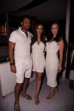 Evelyn Sharma at the launch of Shane Falguni Peacock store launch at Marbella Resort in Goa on 12th Dec 2016 (196)_584fc03947d52.JPG