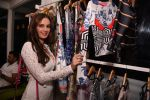 Evelyn Sharma at the launch of Shane Falguni Peacock store launch at Marbella Resort in Goa on 12th Dec 2016 (25)_584fc03102764.JPG
