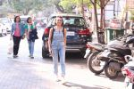 Adhuna Bhabhani snapped in Bandra on 14th Dec 2016 (4)_585258b8a7899.JPG
