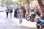 Adhuna Bhabhani snapped in Bandra on 14th Dec 2016 (5)_585258b9328bc.JPG