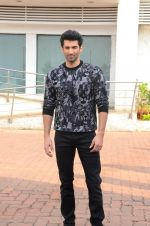 Aditya Roy Kapoor on the sets of Yeh Dil Hai Hindustani on 14th Dec 2016 (69)_58525b18be887.JPG