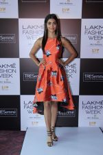 Pooja Hegde at Lakme fashion week model auditions on 14th Dec 2016 (17)_58525bbcd6653.JPG