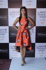 Pooja Hegde at Lakme fashion week model auditions on 14th Dec 2016 (18)_58525bbd6fcc4.JPG